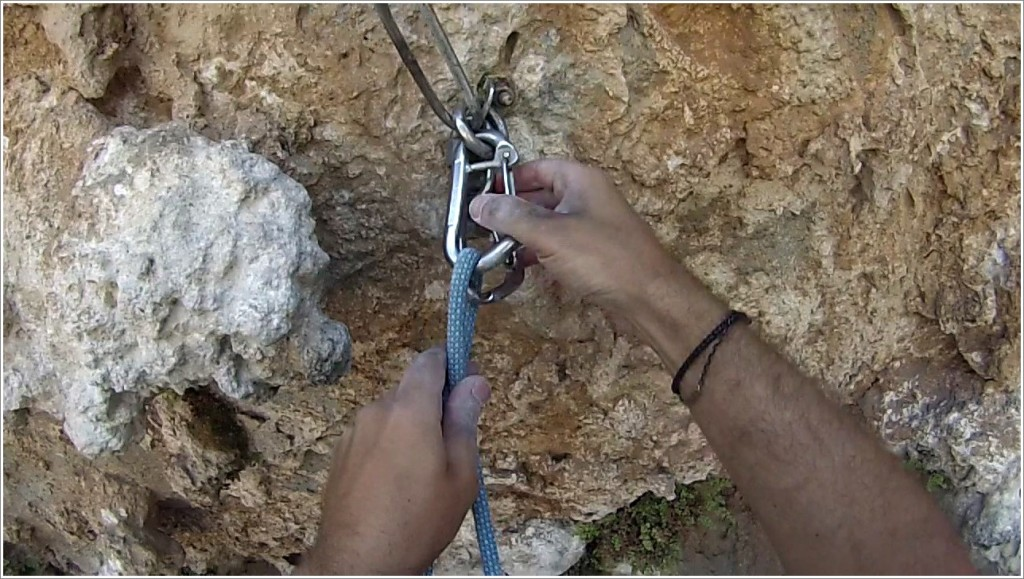 Photo 1: Damage on the permanent lower-off carabiners